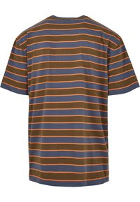 Urban Classics - YARN DYED BOARD STRIPE - T-shirts basic - summerolive/vintageblue - 7