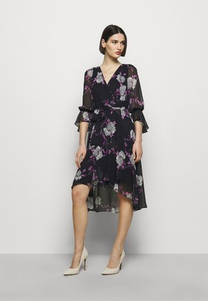 Day dress - peonies midnight/fuschia