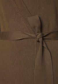 Lounge Nine - CELESTINA WRAP CARDIGAN - Vest - choclate chip melange - 2