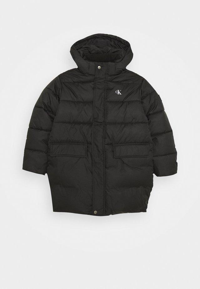 ESSENTIAL - Winter coat - black