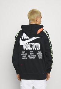Nike Sportswear - HOODIE - Felpa con cappuccio - black - 2
