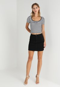 Missguided - SUPERSTRETCH SKIRT  - A-line skirt - black - 1