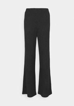 VMTILDA PANT - Trousers - dark grey melange