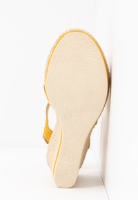 Marco Tozzi - Platform sandals - yellow - 6