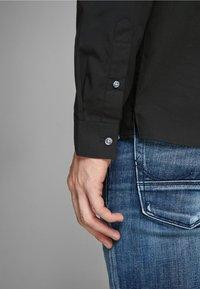 Jack & Jones PREMIUM - Formal shirt - black - 4