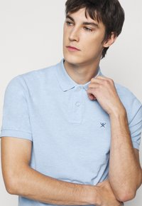 Hackett London - SLIM FIT LOGO - Polo shirt - blue - 4