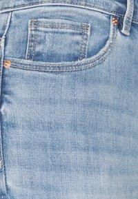 Vero Moda - VMSOPHIA - Jeans Skinny Fit - light blue denim - 5