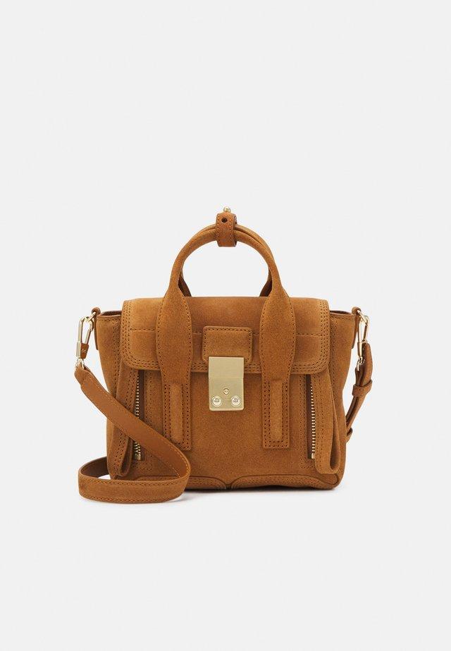 PASHLI MINI SATCHEL - Handtasche - cinnamon