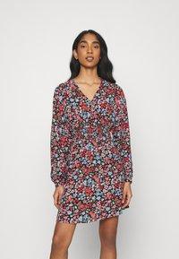 ONLY - ONLTAMARA DRESS - Denní šaty - black - 0