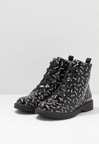 LIU JO - PAT BIKERS - Šněrovací kotníkové boty - black - 3