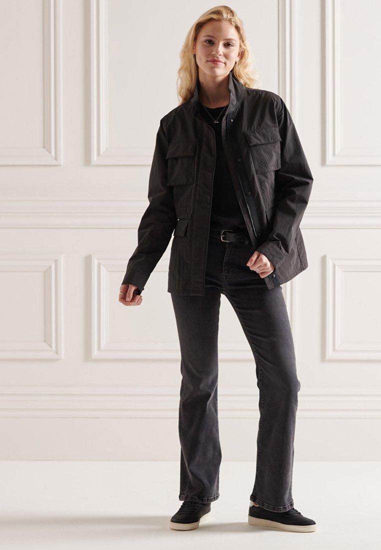 Superdry - RIPSTOP - Light jacket - black