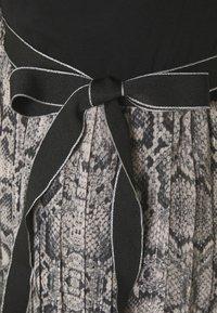 Liu Jo Jeans - ABITO UNITA - Maxi dress - natural python - 2