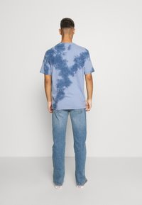 American Eagle - STAMP TIE DYE - T-shirt con stampa - blue - 2