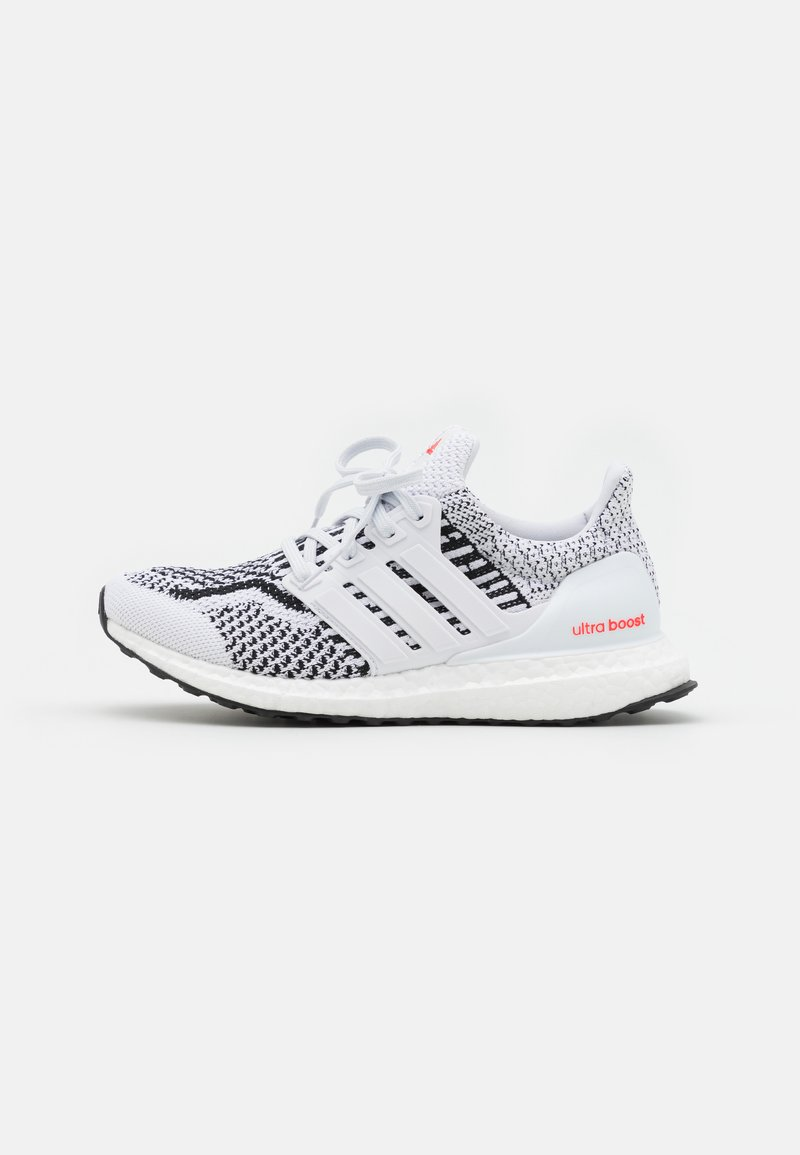 adidas Performance - ULTRABOOST 5.0 DNA BOOST PRIMEKNIT UNISEX - Sneakers laag - white