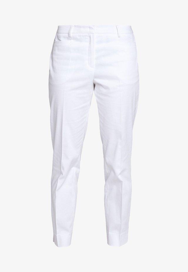 TROUSER - Stoffhose - white