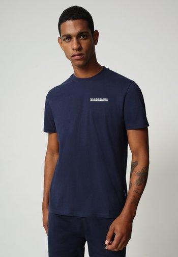 S SURF - Print T-shirt - medieval blue