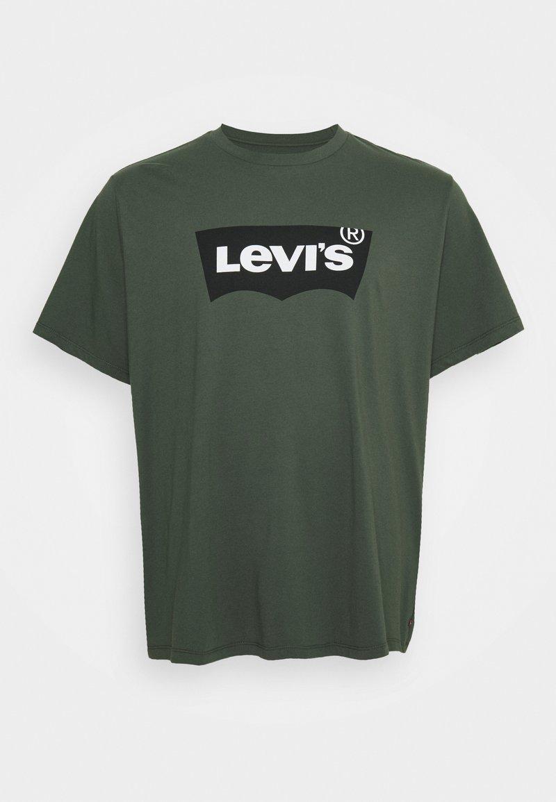 Levi's® Plus - BIG GRAPHIC TEE - Triko spotiskem - thyme