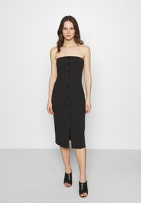Who What Wear - STRAPLESS BUTTON FRONT DRESS - Shift dress - black - 0