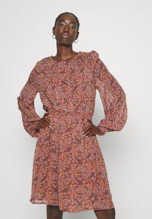 BYFIBBA SHORT DRESS  - Day dress - brown