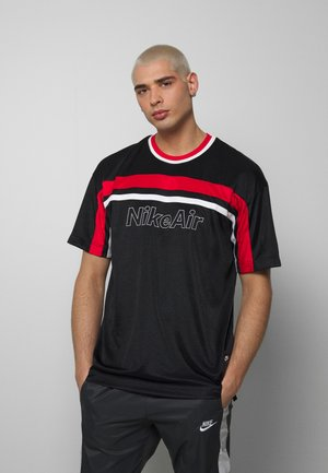 NSW NIKE AIR - Camiseta estampada - black/university red/white