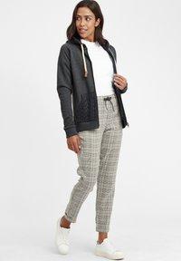 Oxmo - MATILDA - Zip-up hoodie - dar grey m - 1