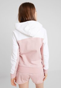 adidas Originals - TAPE TRACK HOODIE - Sweatjacke - white/pink spirit - 2