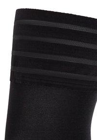 Wolford - VELVET DE LUXE - Over-the-knee socks - black - 5