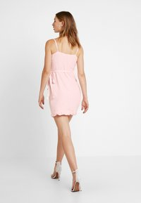 NA-KD - QUEEN OF JETLAG OVERLAPPED FRILL DRESS - Day dress - dusty pink - 2