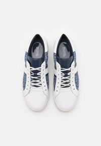 MICHAEL Michael Kors - KEATON STRIPE  - Sneakers laag - denim - 4