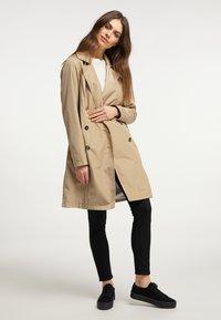 usha - Trenchcoat - beige - 1