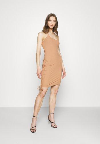 RIBHALTER NECK CHANNEL SIDE DRESS - Shift dress - camel