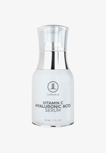 VITAMIN C SERUM WITH HYALURONIC ACID AND ALOE VERA - Serum - -