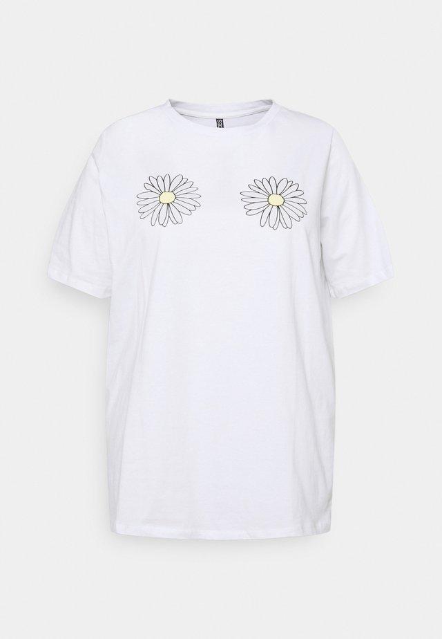 PCLIEVA TEE CURVE - T-shirt con stampa - bright white