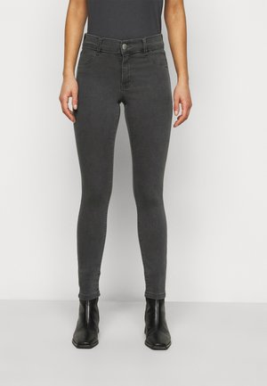 PETITES FRANKIE - Jeans Skinny Fit - charcoal