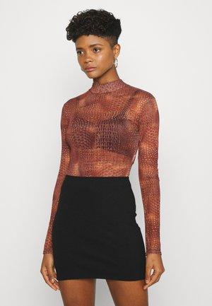 CROC PRINT HIGH NECK BODYSUIT - Långärmad tröja - terracotta