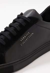 Versace Collection - Sneakersy niskie - black - 5