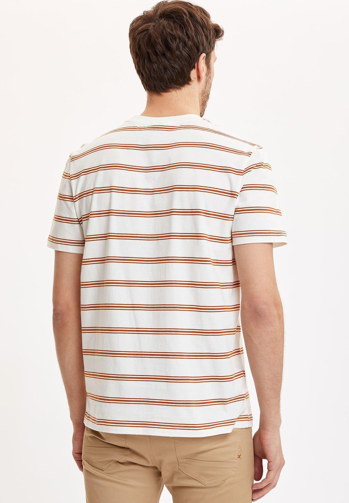 DeFacto Print T-shirt - white HFncu