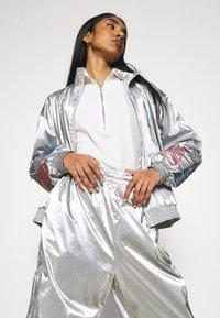 adidas Originals - JAPONA - Pantalones deportivos - silver - 4