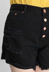 Glamorous Curve - GLAMOROUS CURVE - Shorts di jeans - black - 3