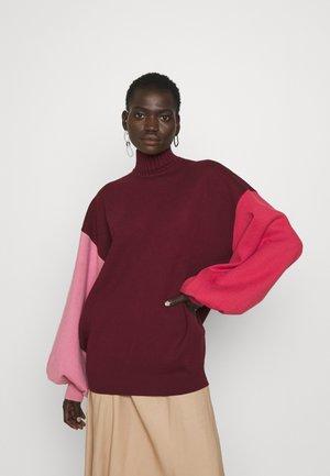 CLOVER - Sweter - deep rose/rose/vermillion