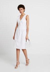 Blendshe - Košilové šaty - bright white - 2