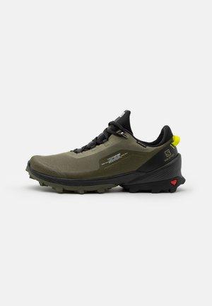 CROSS OVER GTX - Hiking shoes - deep lichen green/black/evening primrose