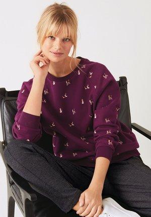 EMBROIDERED - Sweatshirt - berry