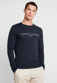 Tommy Hilfiger - LONG SLEEVE LOGO - Long sleeved top - navy - 0