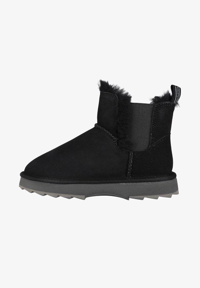 THRESHER - Winter boots - black