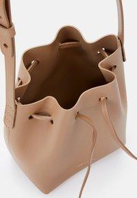 Mansur Gavriel - MINI MINI BUCKET - Across body bag - biscotto/beige - 6