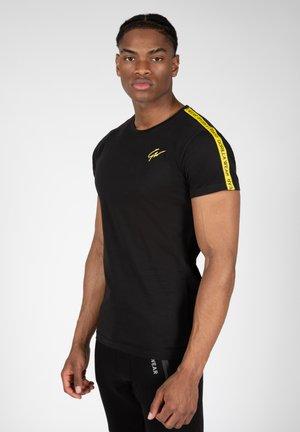 CHESTER  - T-shirt print - yellow
