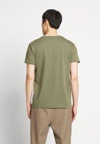 GANT - THE ORIGINAL - T-shirt basic - olive - 2