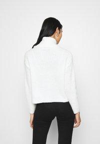 Even&Odd - ROLL NECK JUMPER - Jersey de punto - off-white - 2