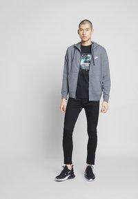 Nike Sportswear - M NSW FZ FT - Zip-up sweatshirt - charcoal heather/anthracite/white - 1